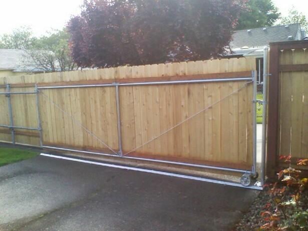 Residential 6ft Cedar roll gate