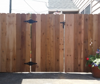 residential 6ft cedar gate